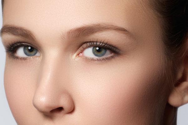 自己注射玻尿酸隆鼻_玻尿酸隆鼻有什么好处-整形美容网